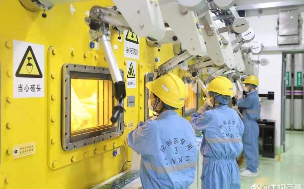 Nhà máy biến chất thải hạt nhân thành thủy tinh đầu tiên tại Trung Quốc sử dụng công nghệ hiện đại cỡ nào?