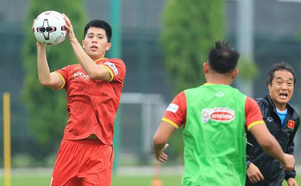 VFF lý giải nguyên nhân ông Park Hang-seo gọi Thành Chung, Đình Trọng khi đang chấn thương