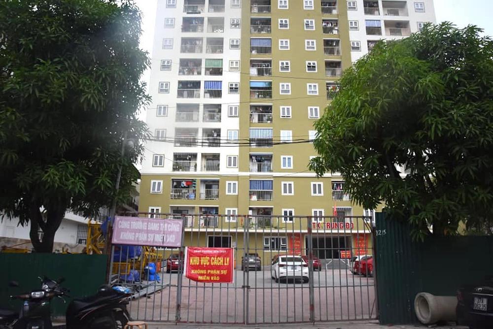 Nghệ An: Nam shipper cùng vợ và 2 con nhỏ nhiễm SARS-CoV-2, sàng lọc toàn bộ người ở 20 tầng chung cư - Ảnh 2.