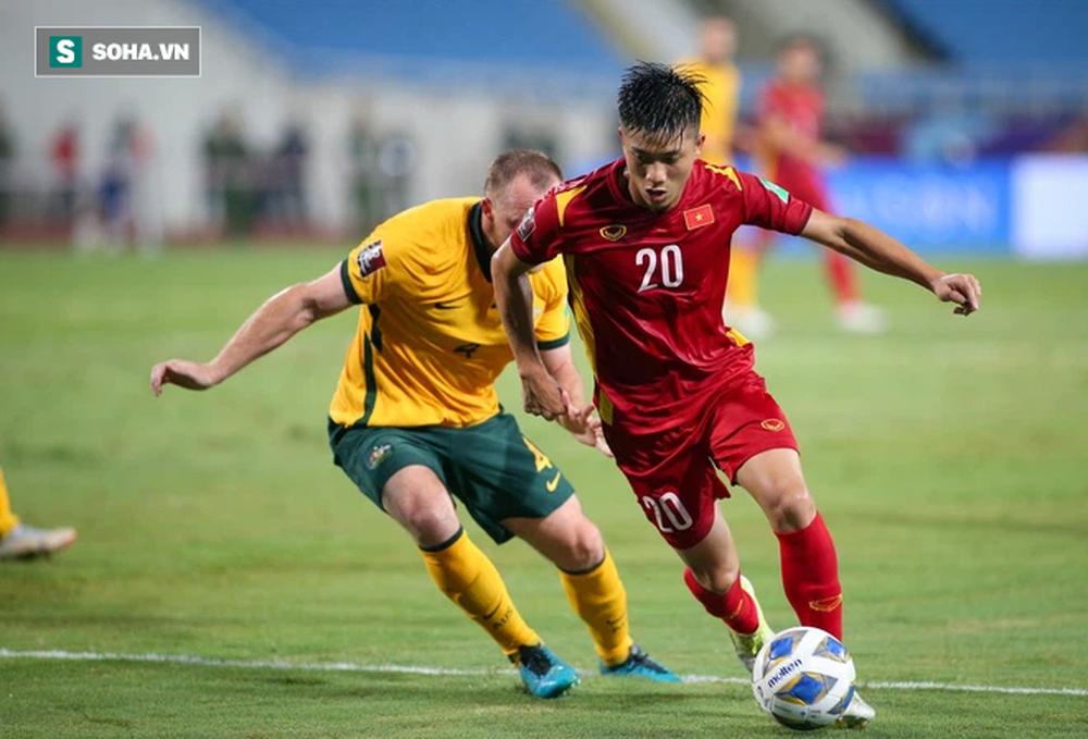 Báo Trung Quốc đưa tin đội nhà hơn Việt Nam 20 bậc, fan vào ủng hộ... Việt Nam chiến thắng - Ảnh 2.