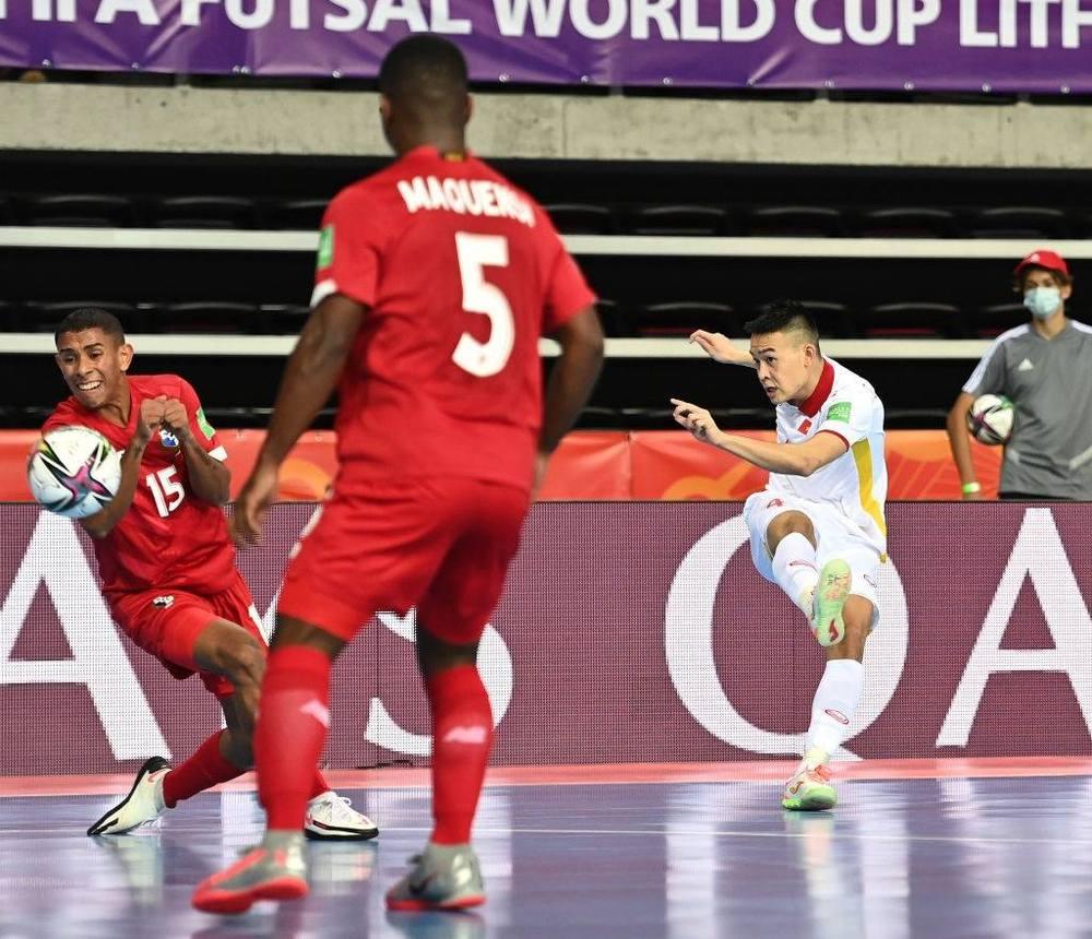 Tuyển Việt Nam hạ Panama theo kịch bản kịch tính tột độ, mở ra cơ hội đi tiếp ở World Cup - Ảnh 2.