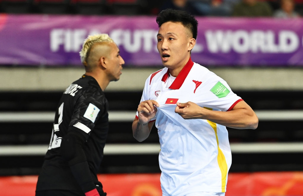 Tuyển Việt Nam hạ Panama theo kịch bản kịch tính tột độ, mở ra cơ hội đi tiếp ở World Cup - Ảnh 1.