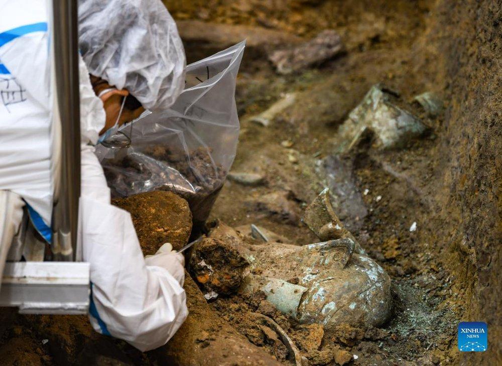 Khám phá thế kỷ: Mặt nạ vàng ròng lớn nhất Tam Tinh Đôi vừa được khai quật; Cả thế giới chỉ 4 châu lục sở hữu - Ảnh 3.