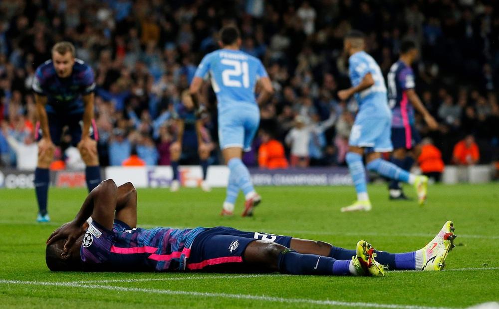 Man City 6-3 RB Leipzig: Cú hat-trick buồn