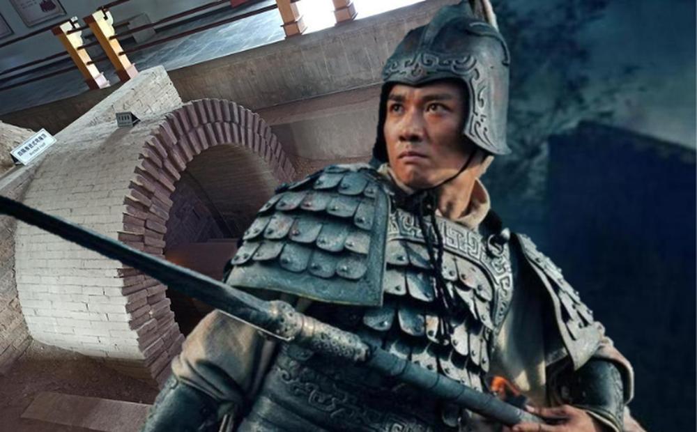 Phát hiện sai khác trên bia mộ danh tướng Tam Quốc, chuyên gia kinh ngạc: La Quán Trung bịa chuyện để rửa hận cho Quan Vũ?