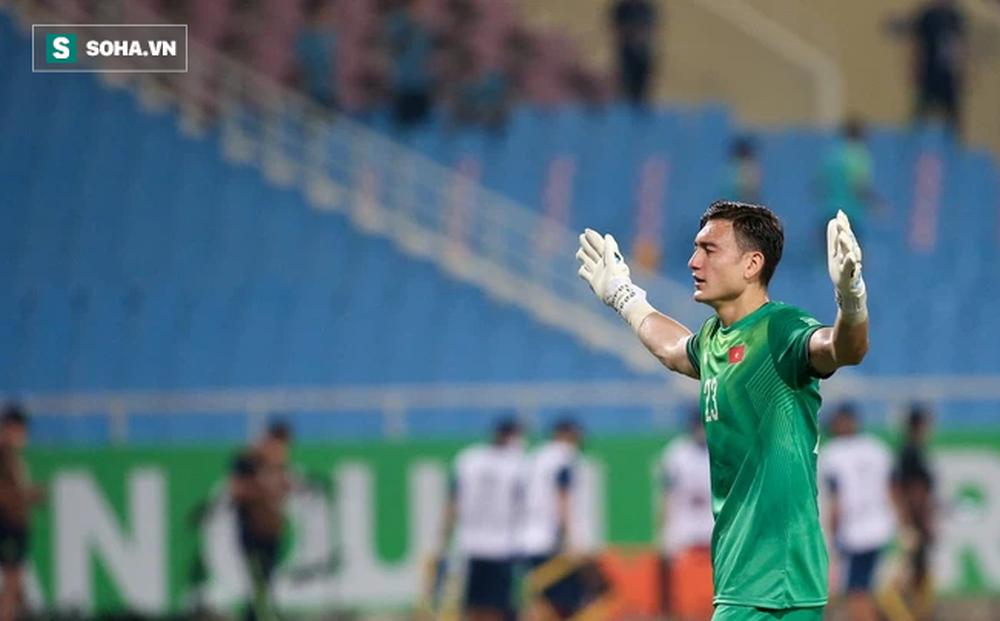Báo Trung Quốc đưa tin về Văn Lâm, fan phán ngay một câu đầy mỉa mai và cay đắng