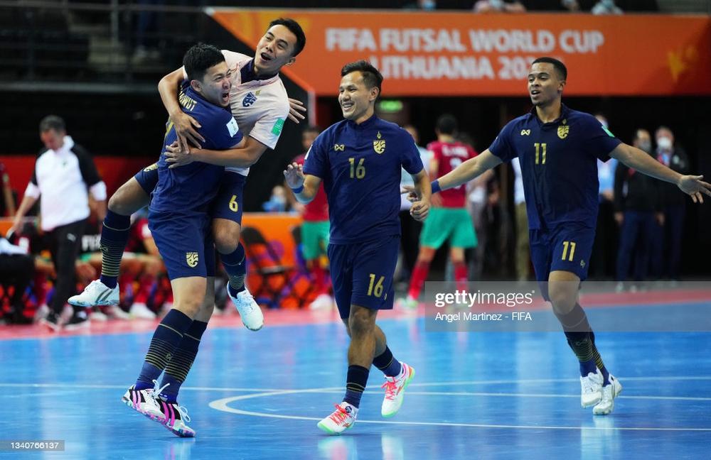 Thái Lan vụt sáng trong nghịch cảnh, cướp về kết quả quý như vàng ở World Cup - Ảnh 2.