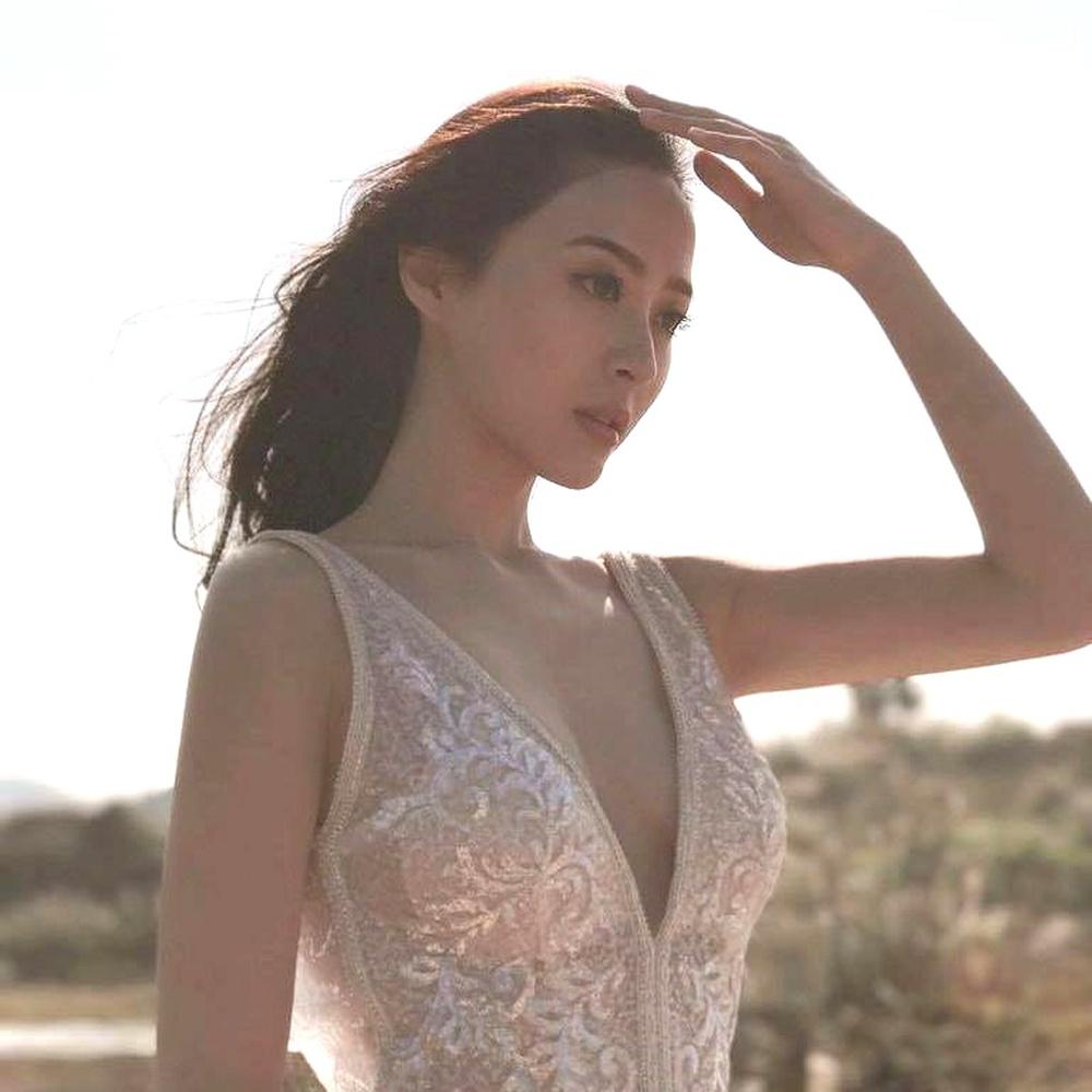 Nhan sắc gợi cảm của mỹ nữ gốc Việt đăng quang tại Hoa hậu Hong Kong 2021 - Ảnh 5.