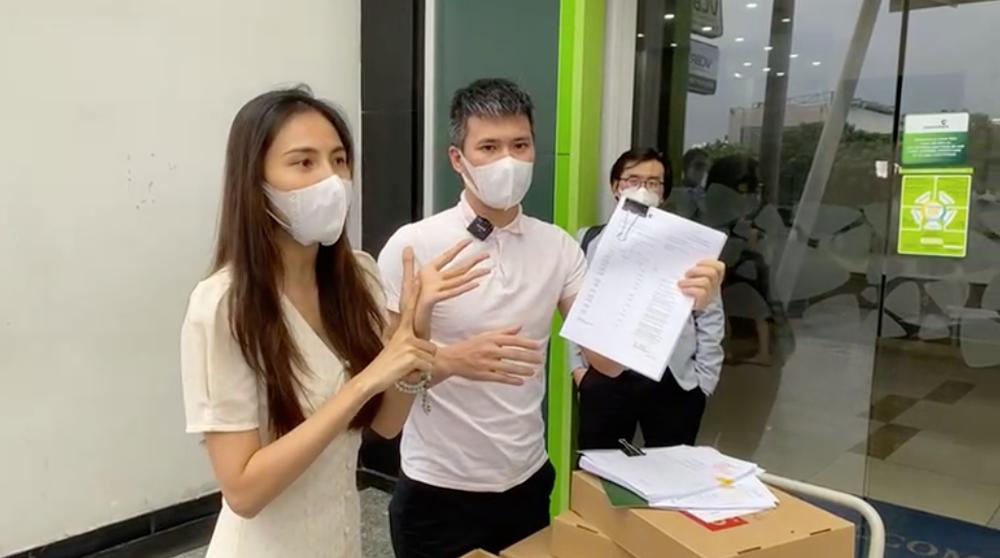 Sau cuộc livestream chóng vánh, Thủy Tiên công bố 18000 trang sao kê, khẳng định sẽ tiếp tục làm từ thiện - Ảnh 3.