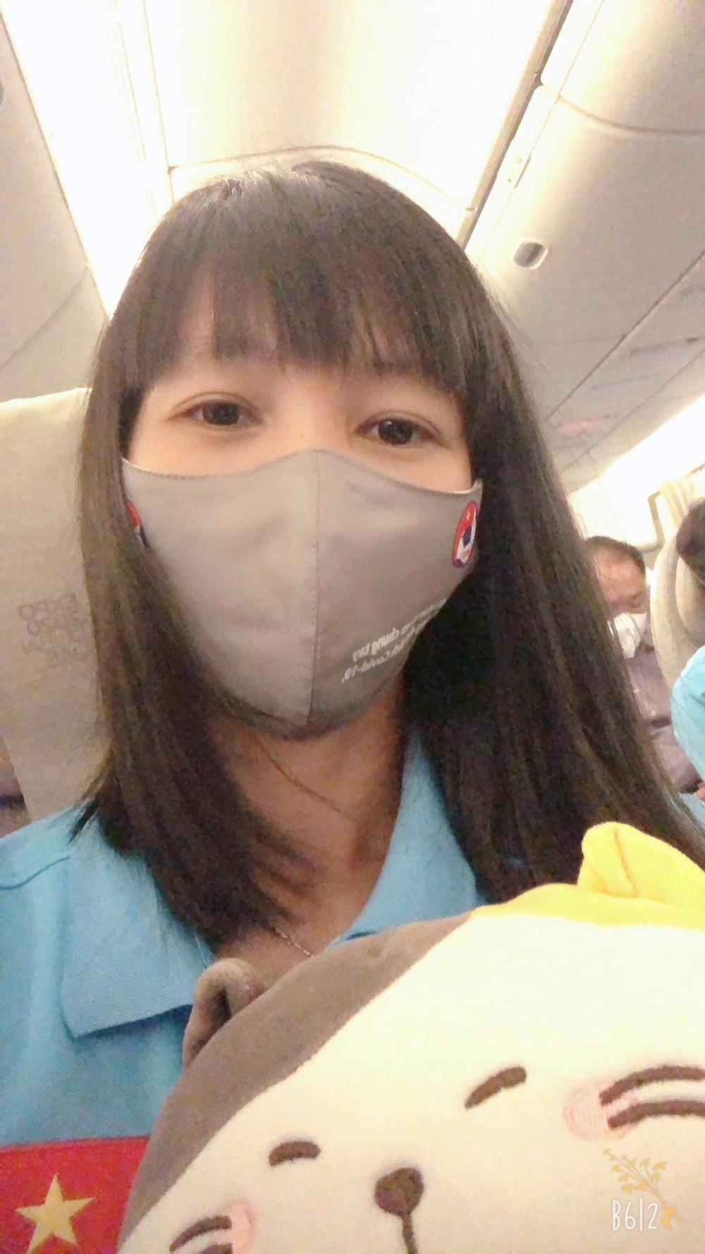 Tuyển nữ Việt Nam hào hứng khi đặt chân đến Dubai - Ảnh 5.