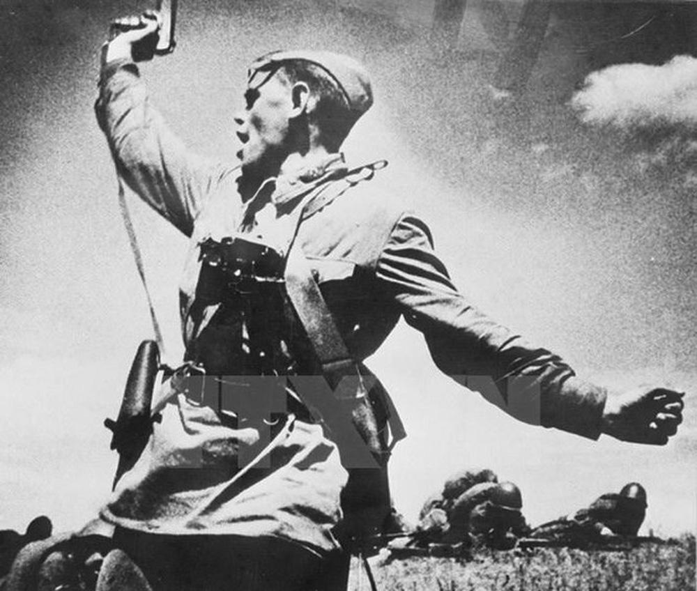 Thiên tài quân sự Stalin đã lừa cả tình báo Đức lẫn Liên Xô như thế nào? - Ảnh 8.