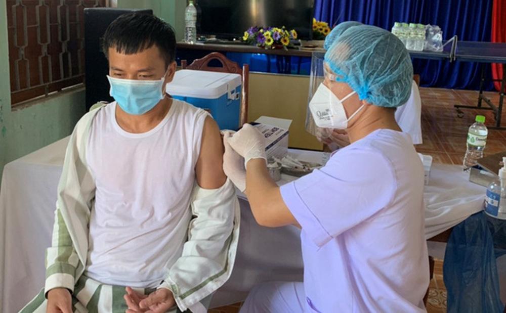 Đà Nẵng tiêm vắc xin Covid-19 cho hơn 1.200 phạm nhân, bị can