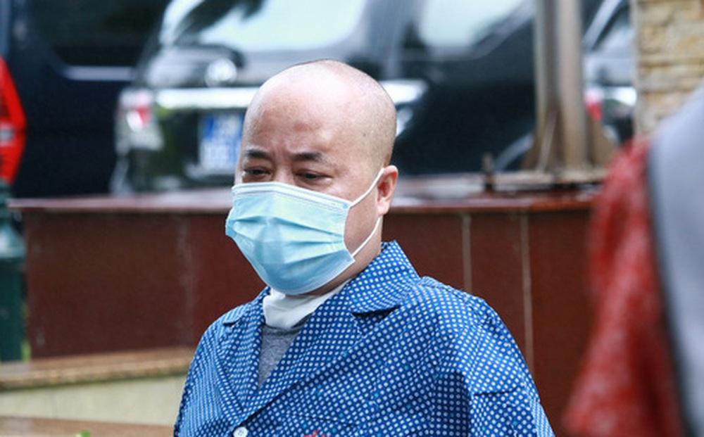Bệnh nhân Covid-19 bị đông đặc phổi ở Hà Nội: 'Tôi không nghĩ mình có thể khỏi'