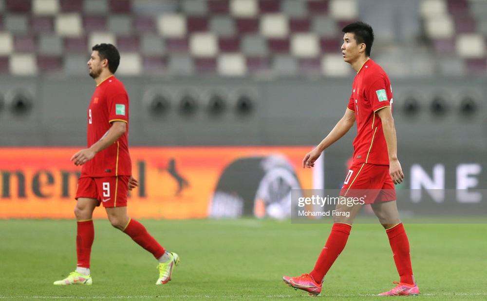 """Trước trận gặp Việt Nam, tuyển Trung Quốc nhận """"mưa chỉ trích"""" vì lý do dở khóc dở cười"""