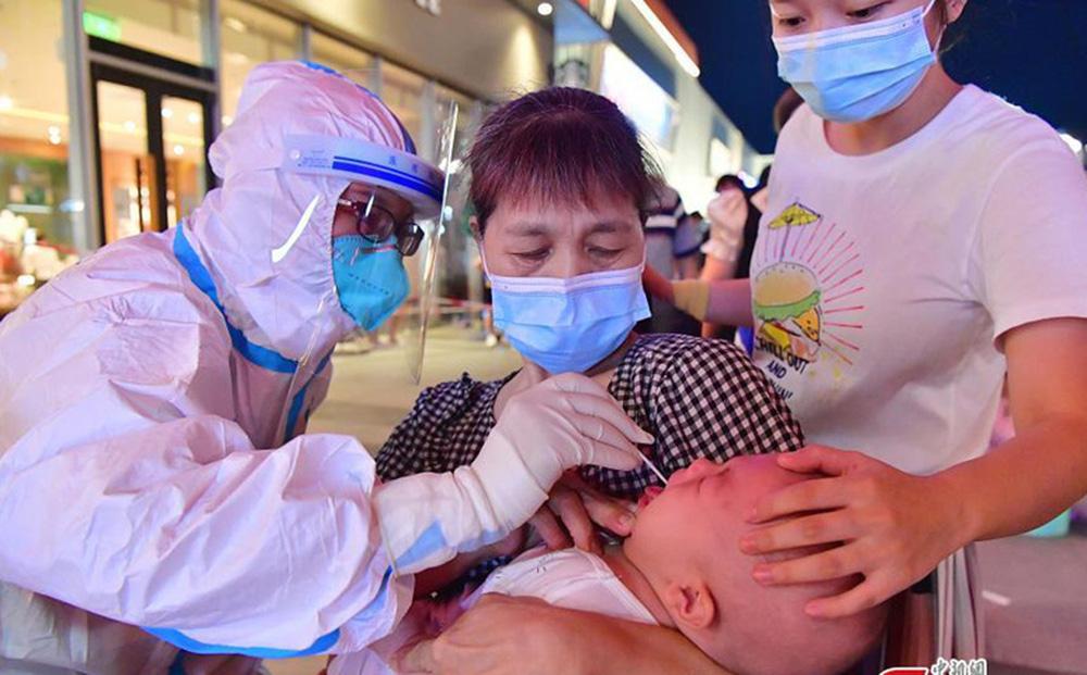 Trên 40% ca mắc COVID-19 ở ổ dịch mới của Trung Quốc là trẻ em dưới 12 tuổi