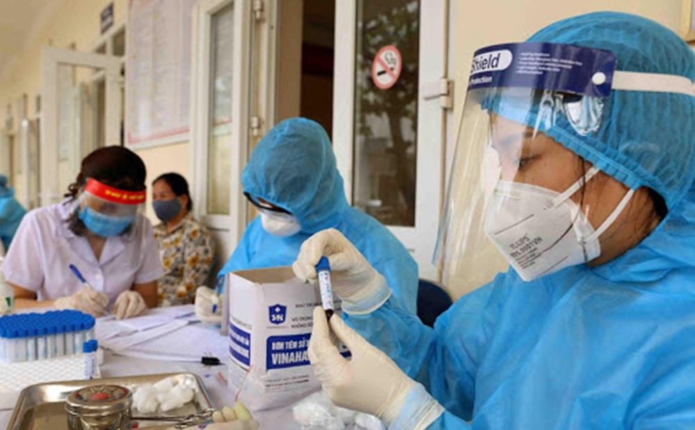 Ngày 17/9, Hà Nội phát hiện 12 ca mắc Covid-19, thấp nhất trong 2 tháng qua