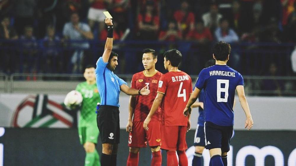 Trọng tài trận Trung Quốc vs Việt Nam lộ diện: Mối lo cho thầy trò HLV Park Hang-seo? - Ảnh 1.