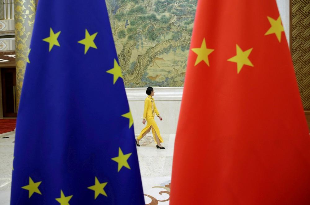 Bom tấn AUKUS chưa nguội, TQ hứng tiếp đòn sấm sét từ EU: Gọng kìm cực mạnh vây chặt Bắc Kinh! - Ảnh 2.
