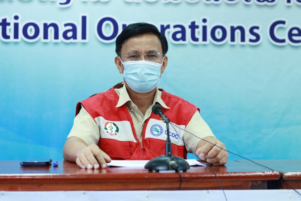 Số ca mắc COVID-19 trong cộng đồng tại Lào tăng vọt, lo ngại dịch lây lan diện rộng - Ảnh 1.