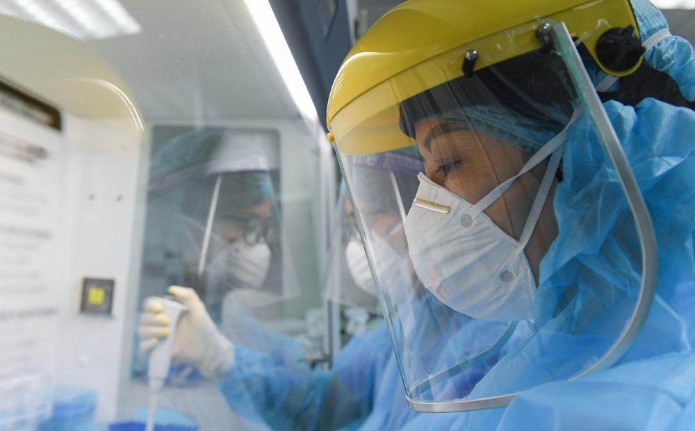 Ngày 18/9, có thêm 9.373 ca COVID-19 mới, số bệnh nhân khỏi bệnh cao kỷ lục - 14.903 ca