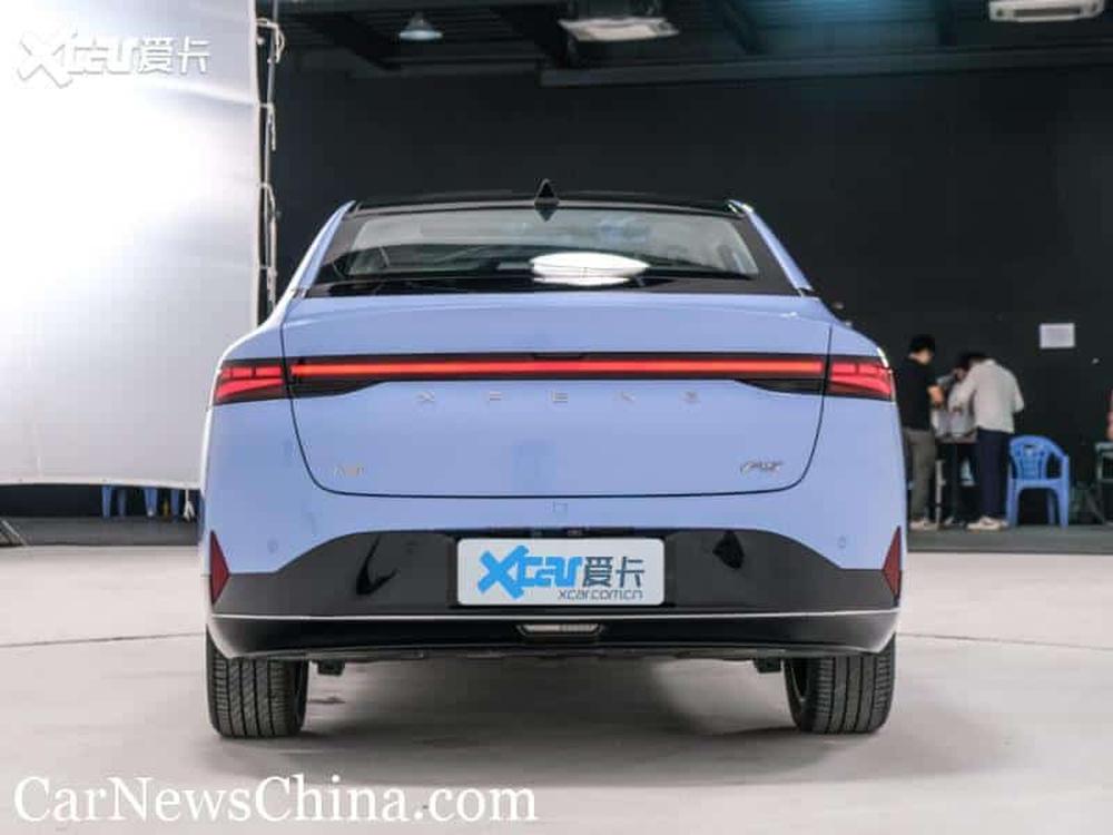 Phát sốt với mẫu ô tô điện mới ngập công nghệ, no pin đi 600 km, giá ngang VinFast VF e34 - Ảnh 4.
