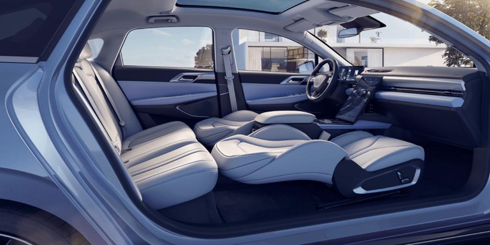 Phát sốt với mẫu ô tô điện mới ngập công nghệ, no pin đi 600 km, giá ngang VinFast VF e34 - Ảnh 6.