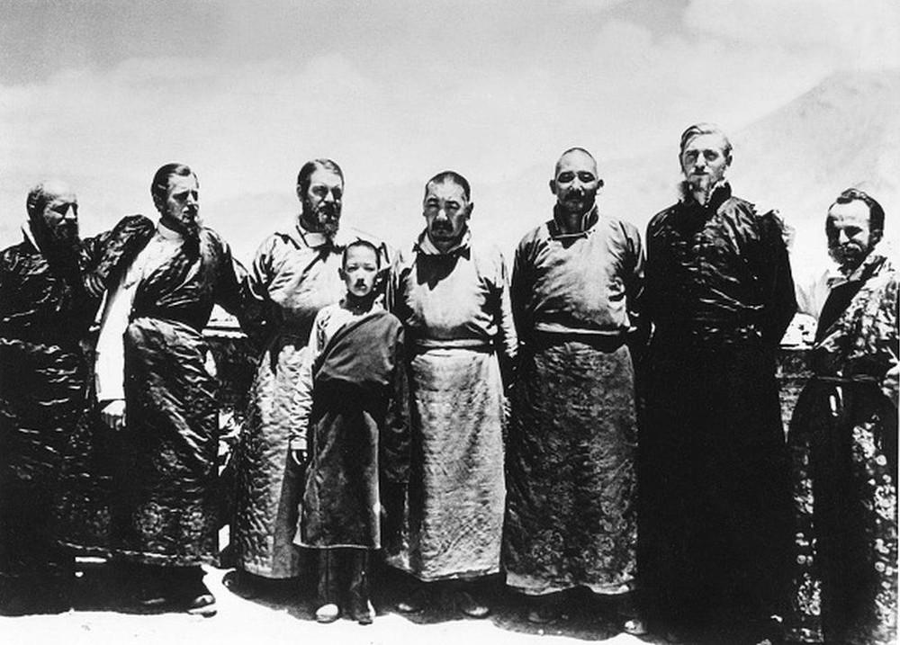 Phát xít Đức từng tới Tây Tạng để tìm hiểu nguồn gốc chủng tộc thượng đẳng - Ảnh 2.