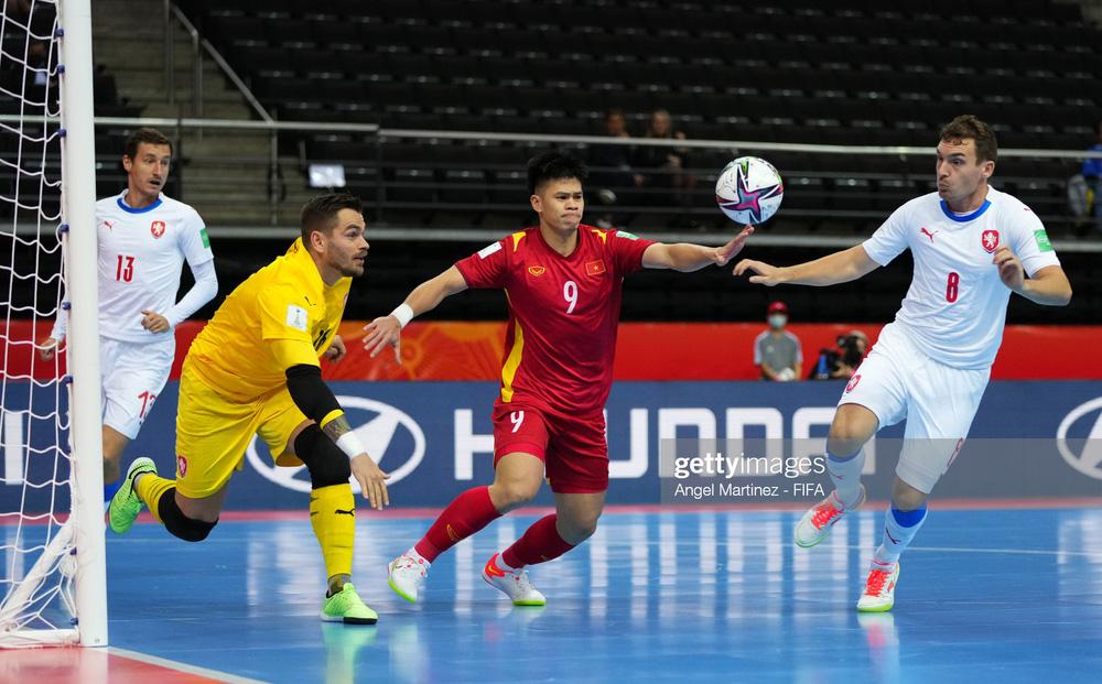 Việt Nam 1-1 CH Séc: Việt Nam làm nên kỳ tích, giành vé vào vòng 1/8 World Cup