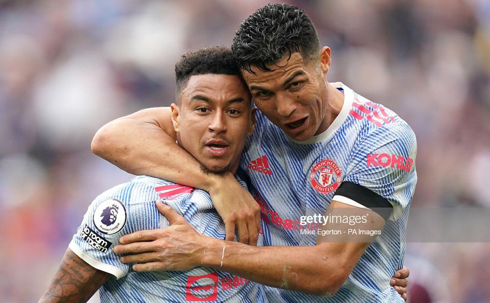 TRỰC TIẾP West Ham 1-2 Man United: Ronaldo - Lingard tỏa sáng, De Gea cứu thua trên chấm 11m ở phút 90+4