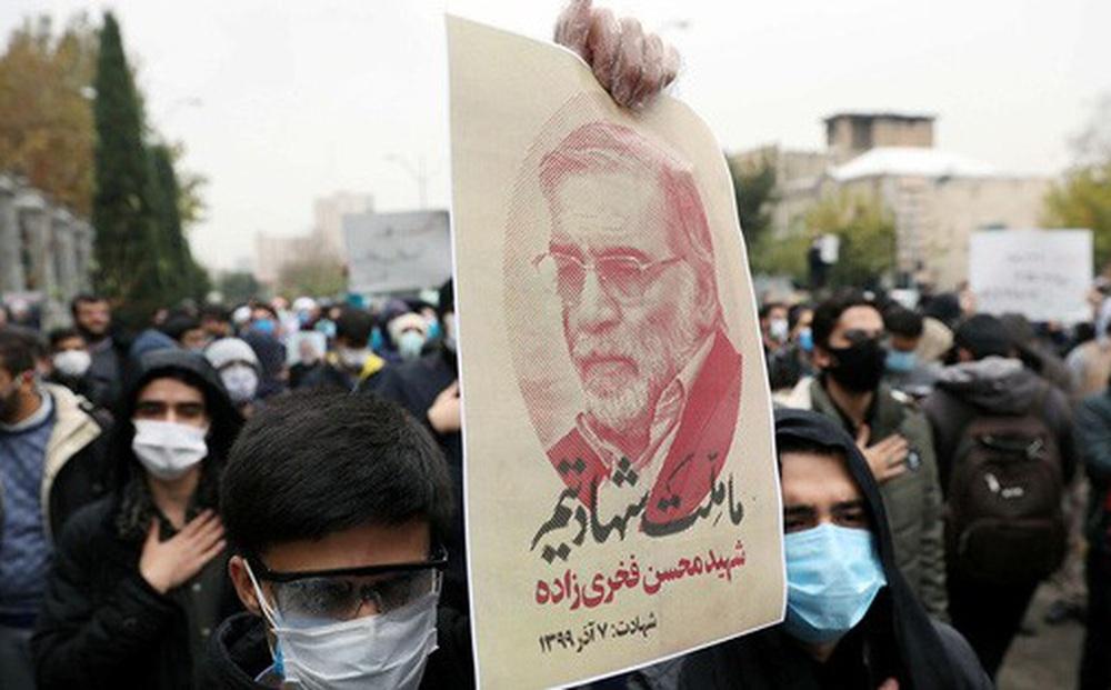 Nhà khoa học hạt nhân hàng đầu Iran bị robot sát thủ đoạt mạng?