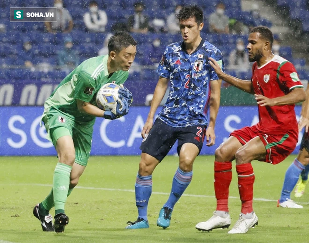 Oman có chiến thắng kinh thiên động địa trước Nhật Bản, thầy Park nên mừng hay lo? - Ảnh 1.