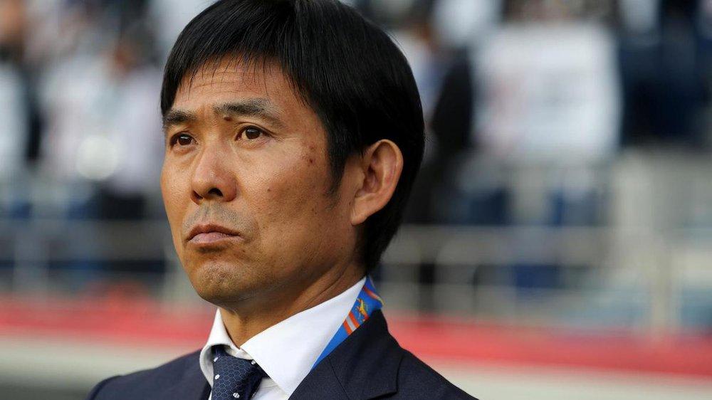 """Thua đau Oman, fan Nhật Bản giận dữ đòi """"trảm"""" luôn HLV và cả hệ thống LĐBĐ - Ảnh 2."""