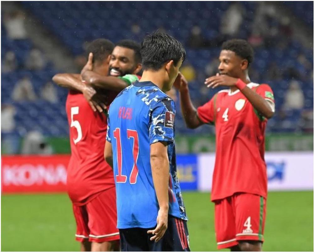 """HLV Oman: """"Chiến thắng này thật đáng kinh ngạc, cầu thủ Nhật Bản sẽ rất sốc"""" - Ảnh 1."""