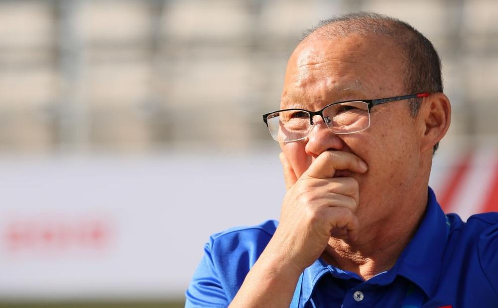 """Oman có chiến thắng """"kinh thiên động địa"""" trước Nhật Bản, thầy Park nên mừng hay lo?"""