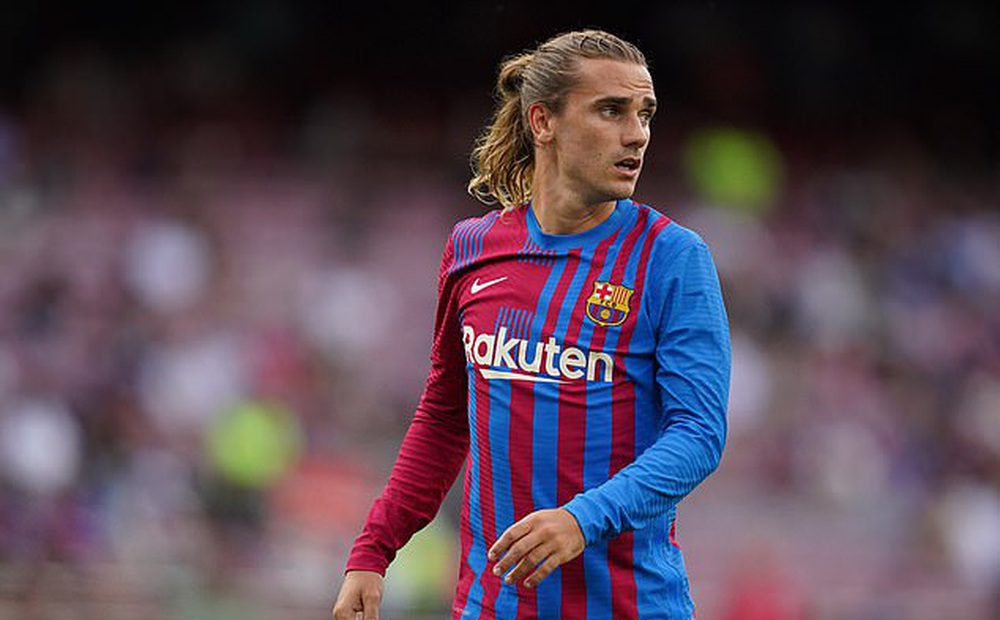 Mất Messi, đẩy Griezmann ra đi, Barca vẫn khốn khổ