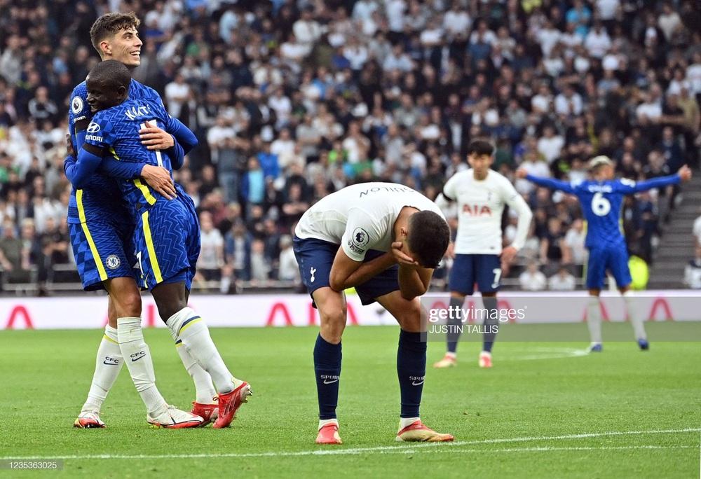 Ronaldo gọi Lukaku không trả lời, Chelsea vẫn hạ cường địch để lên đỉnh Premier League - Ảnh 3.