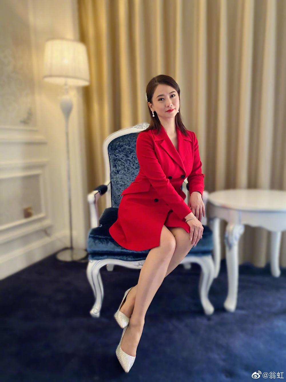 Nữ hoàng phim 18+: Bị Cổ Thiên Lạc si mê theo đuổi, gọi điện chửi mắng 20 phút vì không chịu yêu - Ảnh 13.