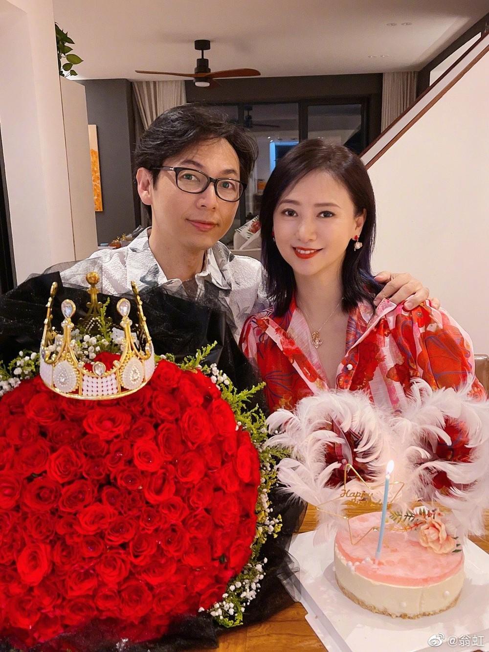 Nữ hoàng phim 18+: Bị Cổ Thiên Lạc si mê theo đuổi, gọi điện chửi mắng 20 phút vì không chịu yêu - Ảnh 6.