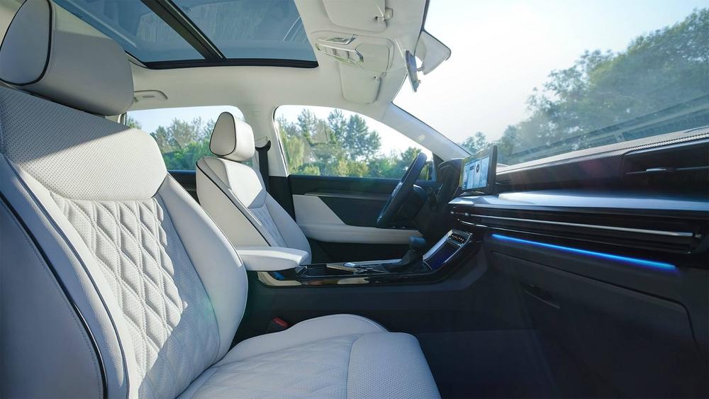 Honda CR-V thất kinh, Kia Morning xây xẩm vì mẫu ô tô giá rẻ hơn 50 triệu vừa ra mắt - Ảnh 5.