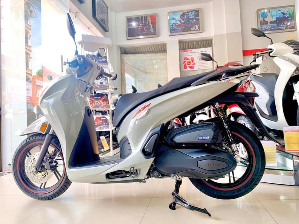 Xe máy Honda mới về đại lý nét căng, giá rẻ một nửa, miếng ngon hay tiền nào của nấy? - Ảnh 6.