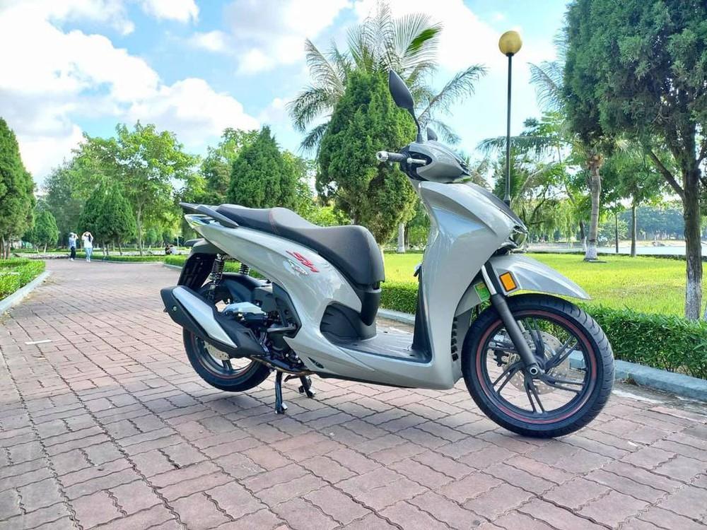 Xe máy Honda mới về đại lý nét căng, giá rẻ một nửa, miếng ngon hay tiền nào của nấy? - Ảnh 9.