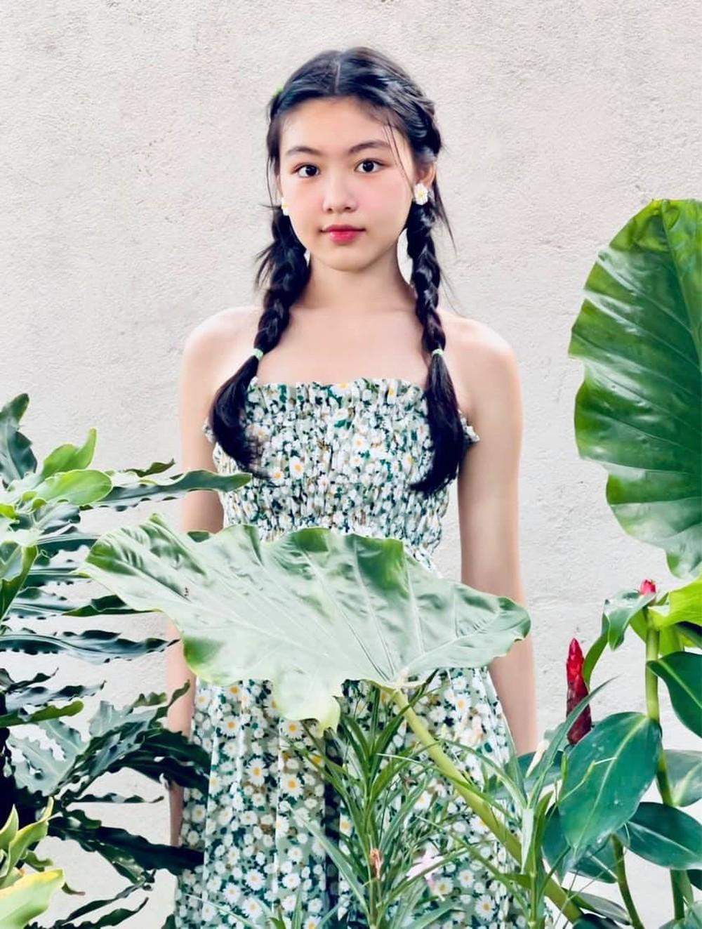 Ái nữ 16 tuổi nhà Quyền Linh tiếp tục gây chú ý với gương mặt thuần khiết, xinh đẹp - Ảnh 5.