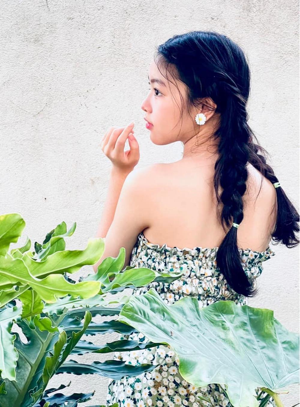 Ái nữ 16 tuổi nhà Quyền Linh tiếp tục gây chú ý với gương mặt thuần khiết, xinh đẹp - Ảnh 6.
