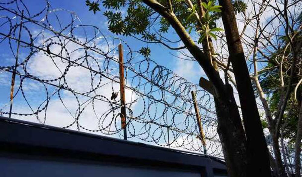 Đột kích Dự án TQ mini ở Phnom Penh: Như 1 pháo đài giữa thủ đô - Cảnh sát Campuchia được TQ tiếp sức - Ảnh 1.