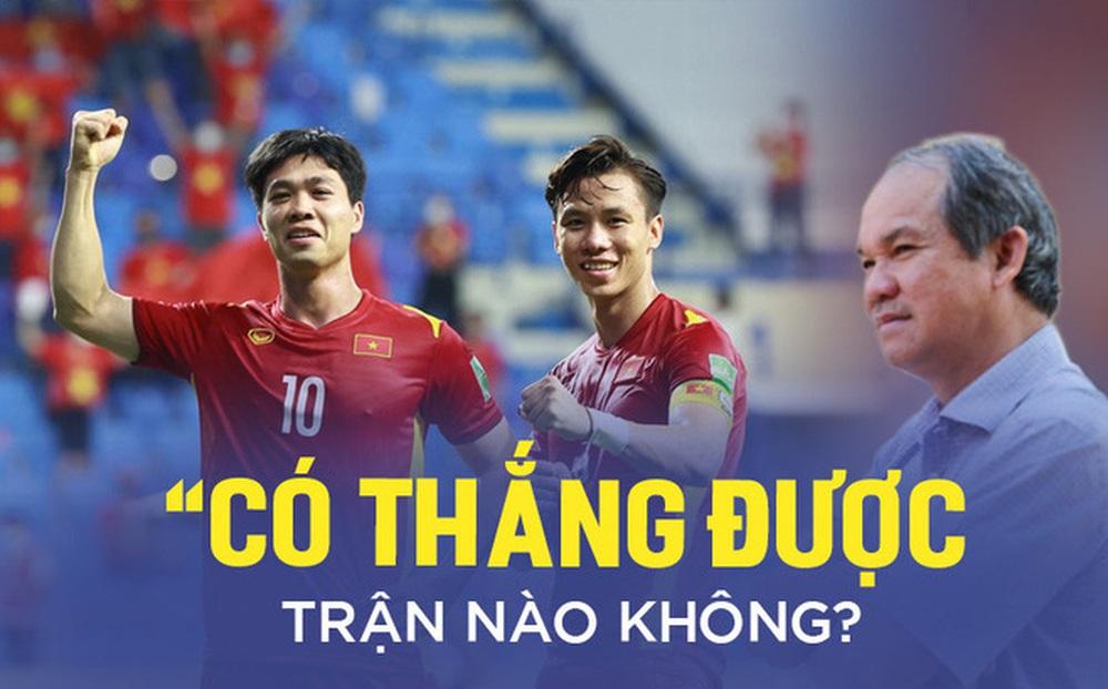 """Câu hỏi năm nào của bầu Đức là """"kim chỉ nam"""" cho futsal Việt Nam, là """"lời giải"""" cho thầy Park"""