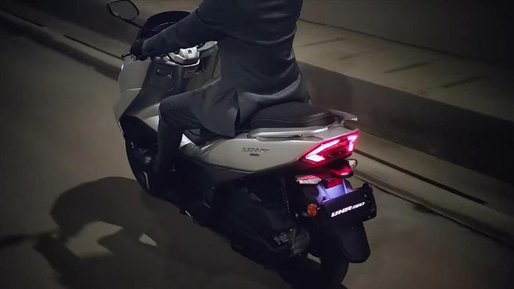 Xe máy Tàu phủ cả đống công nghệ sắp về đại lý, không ngán vua xe ga Honda SH  - Ảnh 4.