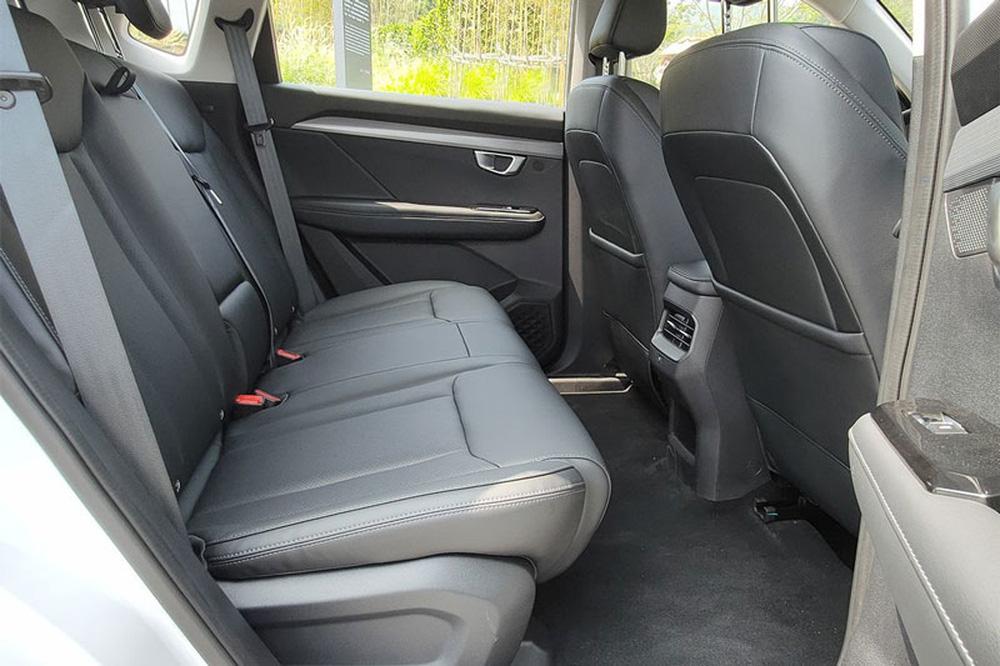 Honda CR-V thất kinh, Kia Morning xây xẩm vì mẫu ô tô giá rẻ hơn 50 triệu vừa ra mắt - Ảnh 8.