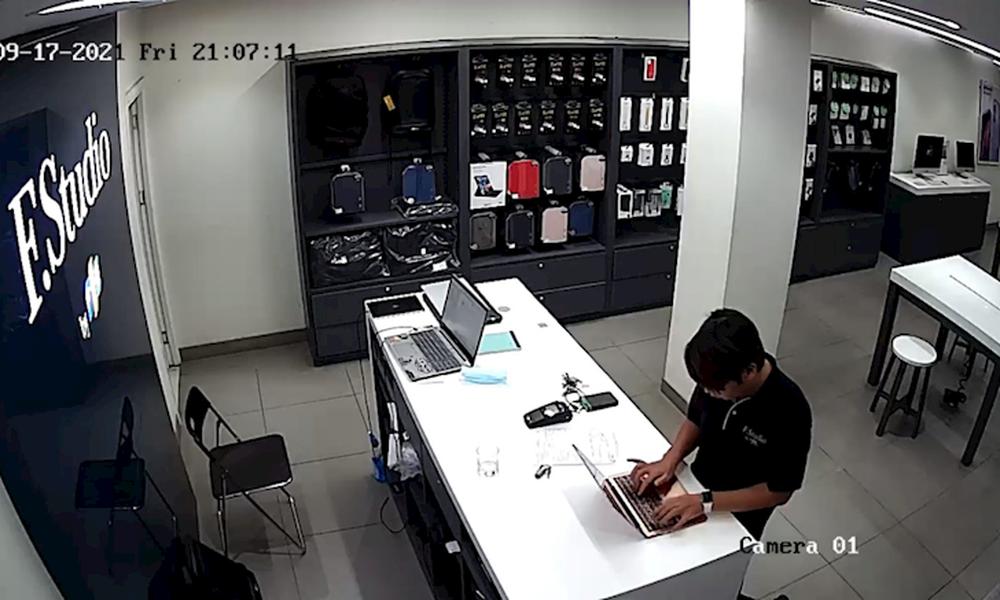 Nhân viên FPT Shop Láng Hạ đánh cắp thông tin nhạy cảm của khách nữ, bị thẳng tay xử lý - Ảnh 2.
