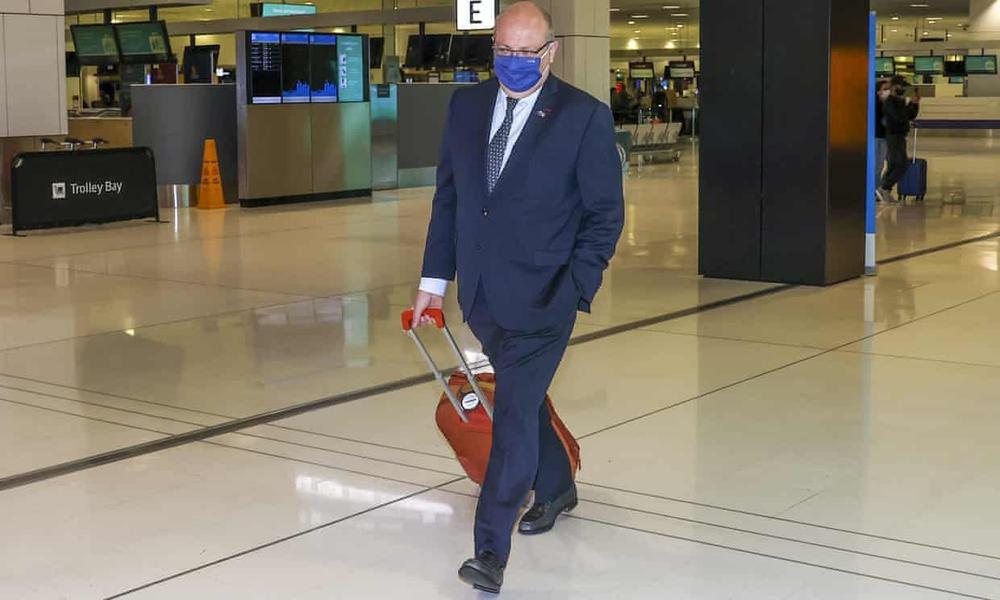 Đại sứ Pháp lủi thủi kéo vali rời Úc: Hé lộ chi tiết giọt nước tràn ly đẩy Paris đến tột cùng phẫn nộ - Ảnh 1.