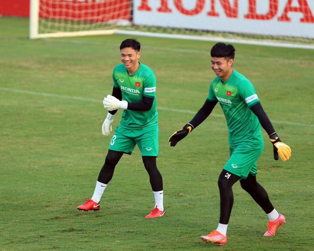Thêm một cầu thủ U22 được bổ sung lên đội tuyển Việt Nam cho chiến dịch Vòng loại World Cup 2022 - Ảnh 21.